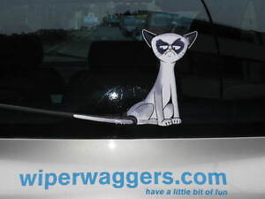GRUMPY PUSS CAT WITH WAGGING WIPER TAIL NOVELTY GIFT FOR PET LOVER CAR