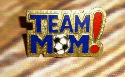 Openhartig Team Mom! Soccer Pin Pinback Gold Tone