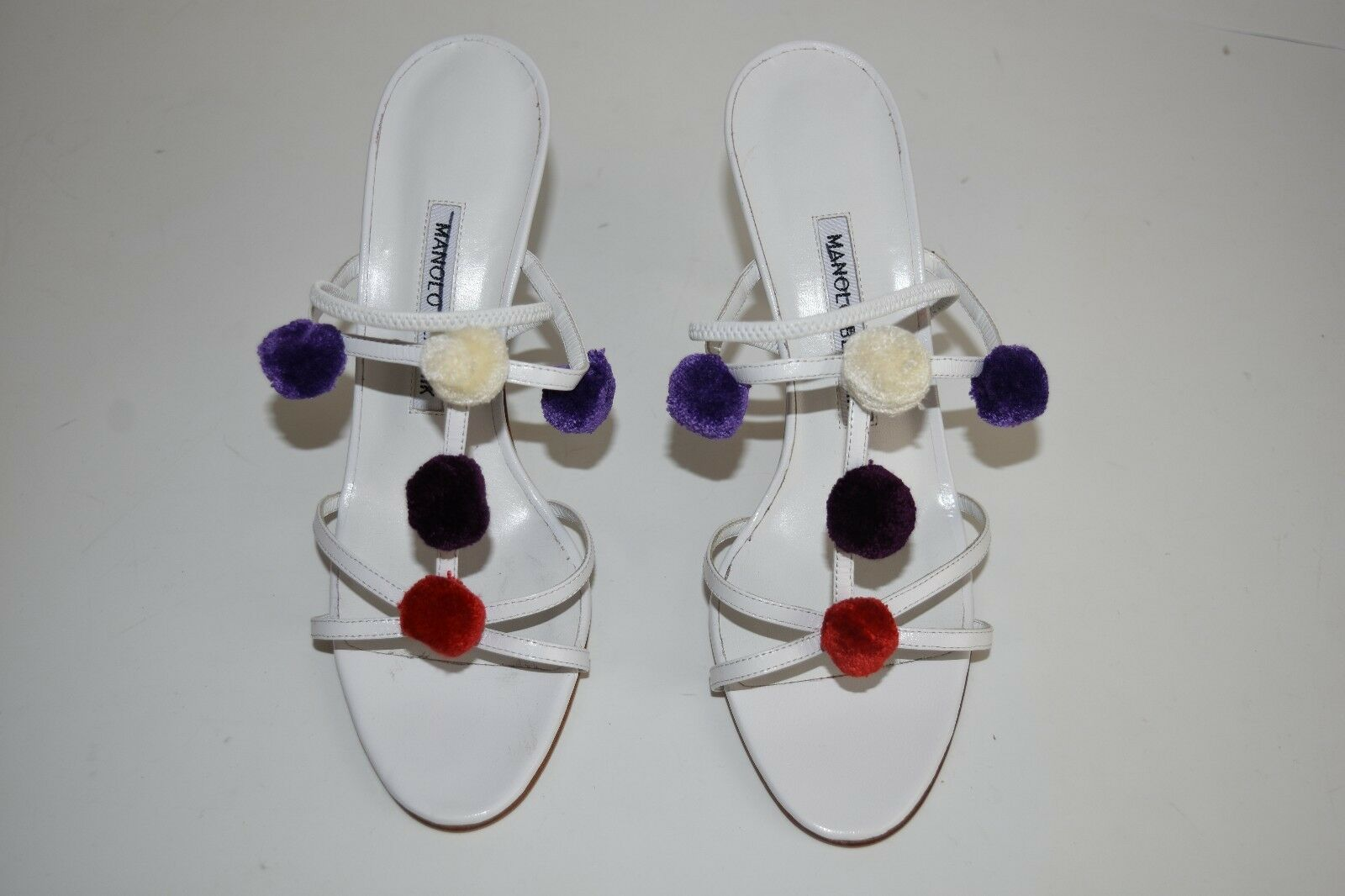 NEW MANOLO MANOLO MANOLO BLAHNIK MINK Pom Pom Sandals Strappy White Leather Heel shoes 37 56a90b