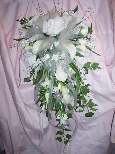 Wedding 15 pc bridal bouquet calla lily Weiß or ivory