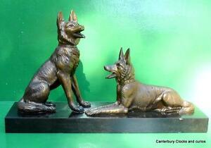 VINTAGE-BRONZE-STATUE-OF-TWO-GERMAN-SHEPPARD-ALSATION-DOGS
