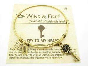 Wind-amp-Fire-3D-Key-To-My-Heart-Charm-Gold-Wire-Bangle-Stackable-Bracelet-Gift