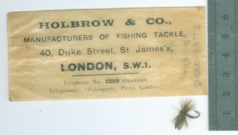 ANTIQUE   FISHING  FLY  verdeWELLS  GLORY  DRY  HOLBROW & CO.  LONDON