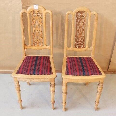 Andet, 2 stole i bøgetræ  - Kr. 800,-