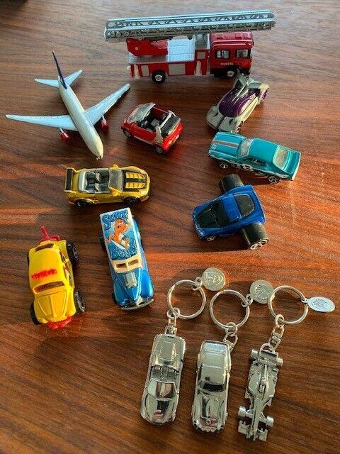 Biler, fly og brandbil mv