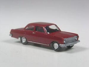Wiking-Sondermodell-Opel-Rekord-A-weinrot-mit-Inneneinrichtung-und-Silberung