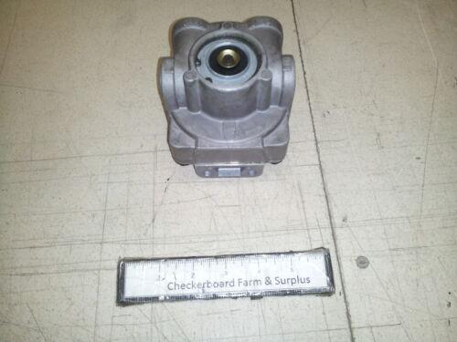 NOS Haldex Air Pressure Valve N-50004 26-1400-19 RV046 2530013321583 M-915