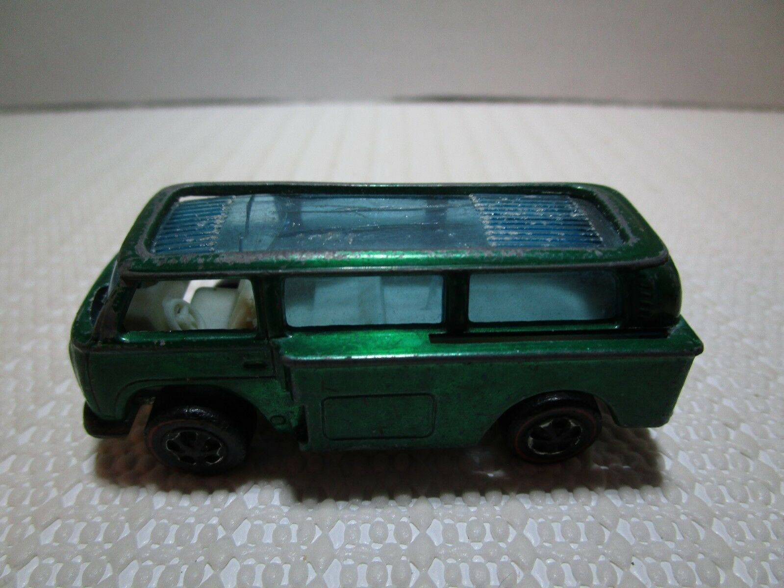 1969 Hot Wheels Volkswagon Beach Bomb Die Cast Redline with with with White Interior fbe422