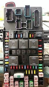 s l300 2004 ford expedition lincoln navigator fuse box relay module repair