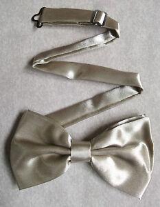 Bow Tie Mens New Bowtie Adjustable Dickie Champagne Beige Verhindern Den Teint Zu Erhalten Dass Haare Vergrau Werden Und Helfen