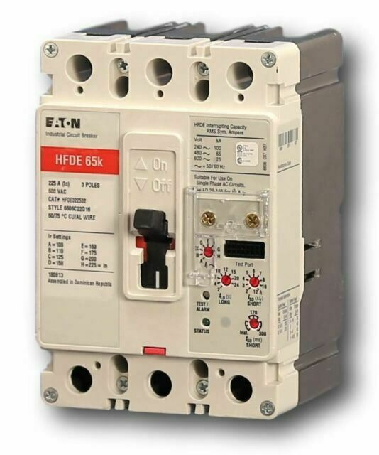 3 PHASE CUTLER HAMMER CH330 CIRCUIT BREAKER 30 AMPS 240 VAC 3 POLE