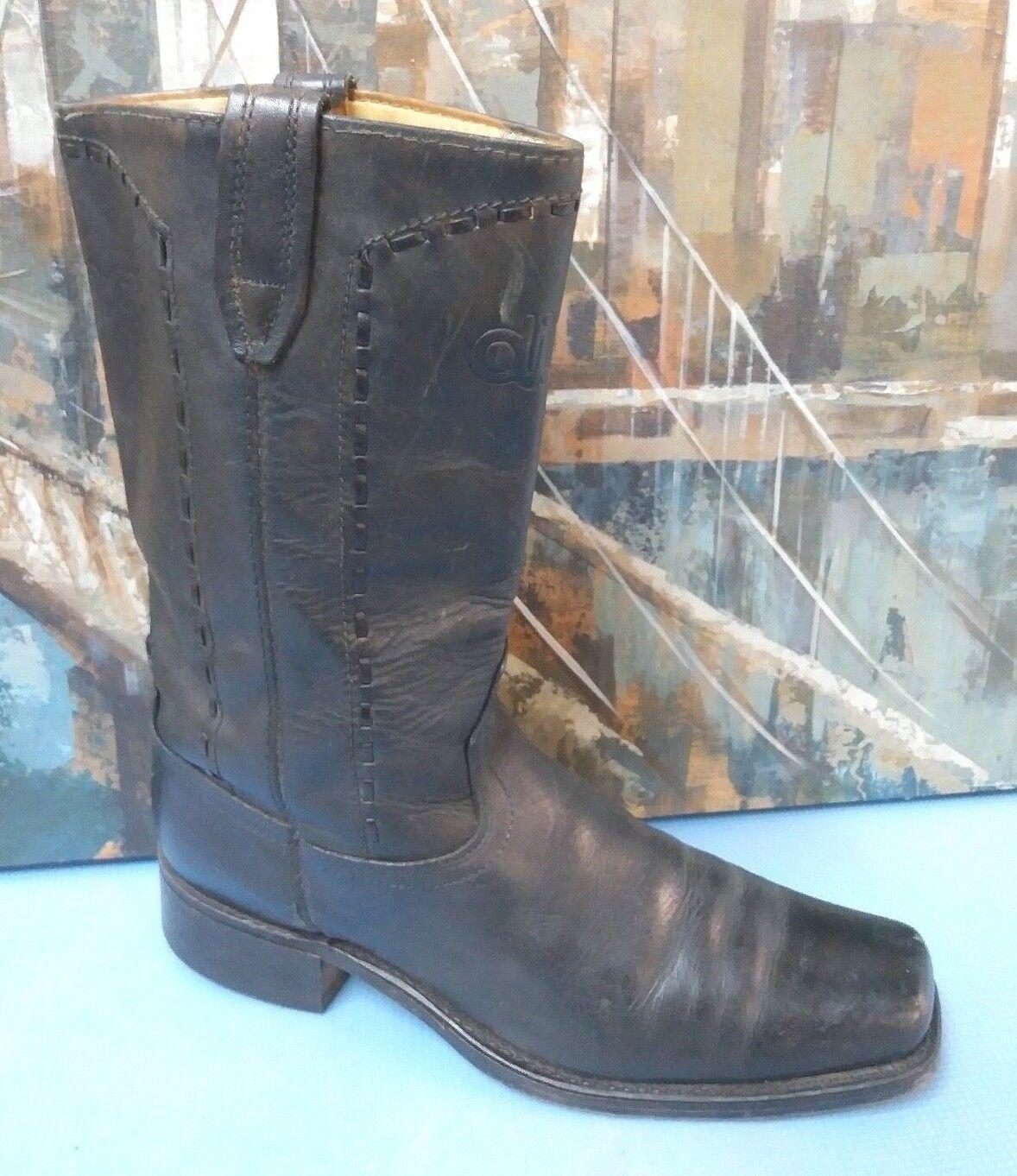 Vintage ACME cowboy western  boots Style 7746 black leather .. Men's 11 D