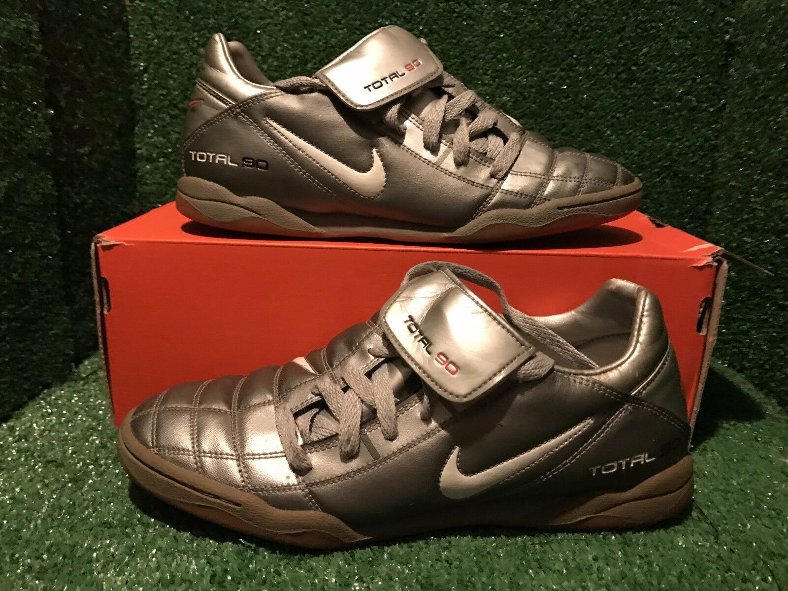 NIKE AIR MAX TOTAL 365 III T90 INDOOR TRAINERS Size 8,5 42