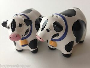 Salt-amp-Pepper-Shakers-Handcrafted-Ceramic-COWS-BLACK-WHITE-COW-Mint