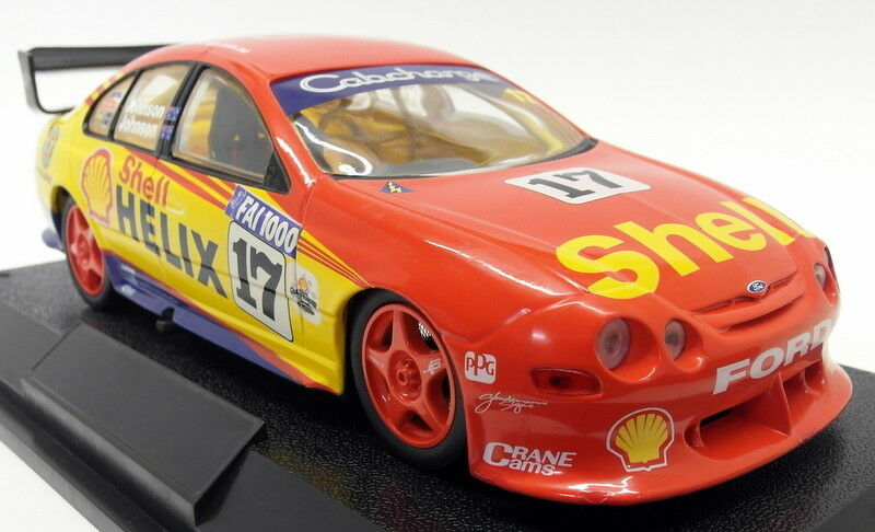 Classic Carlectibles 1 18 Scale - 180015 180015 180015 Dick Johnson Shell Helix Racing Falcon 1b8841