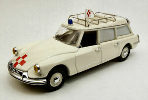 Citroen ID 19 Break Ambulance 1959 1:43 Model RIO
