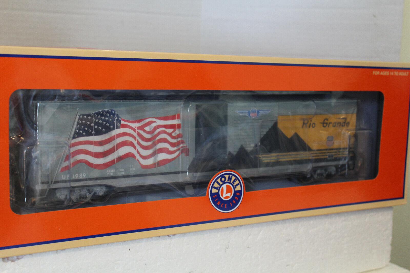 LIONEL  85405 D & RG HERITAGE LED FLAG BOXCAR