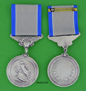 Silver-Life-Saving-Medal-Coast-Guard-Full-size-made-in-the-U-S-A-USM043-USCG