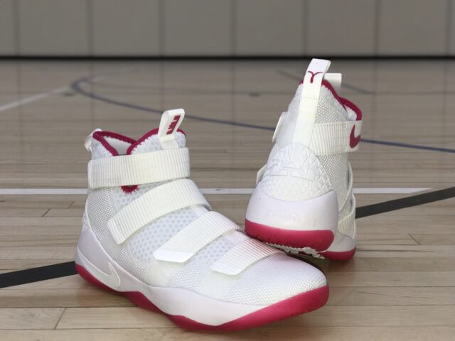 uk availability d603f 2e30c Nike Lebron Soldier XI 11 EP 897644-102 Kay Yow Breast Cancer THINK PINK SZ  12