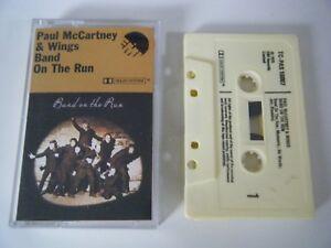 PAUL-McCARTNEY-amp-WINGS-BAND-ON-THE-RUN-CASSETTE-TAPE-EMI-APPLE-UK-1984