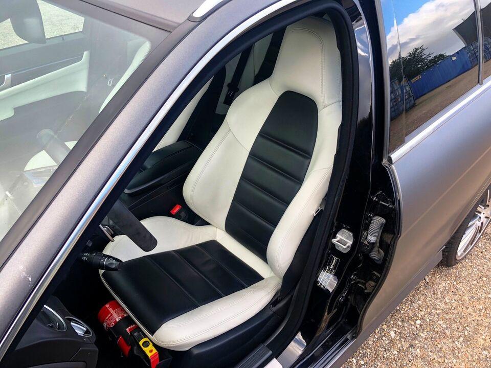 Mercedes C63 6,3 AMG Performance stc. aut. Benzin aut.