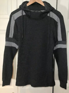 Amongst-Others-Mens-Pullover-Hoodie-Shirt-Charcoal-With-Gray-Trim-Sz-Small-NWT