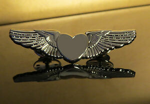 silver heart wings pin for flight attendant air hostess. Black Bedroom Furniture Sets. Home Design Ideas