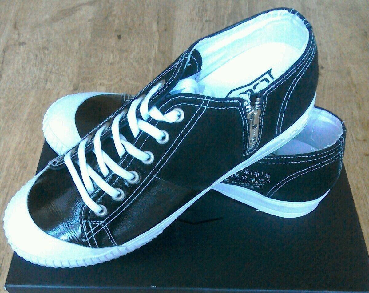 BNWT Para Hombre Cult Negro Lona Zapatos PVP 105.00