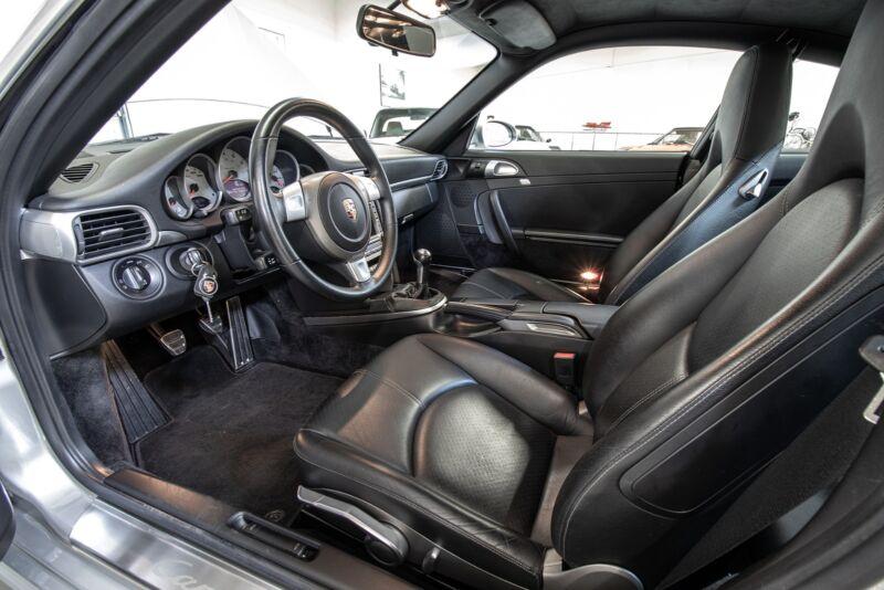 Porsche 911 Carrera S Coupé - 14