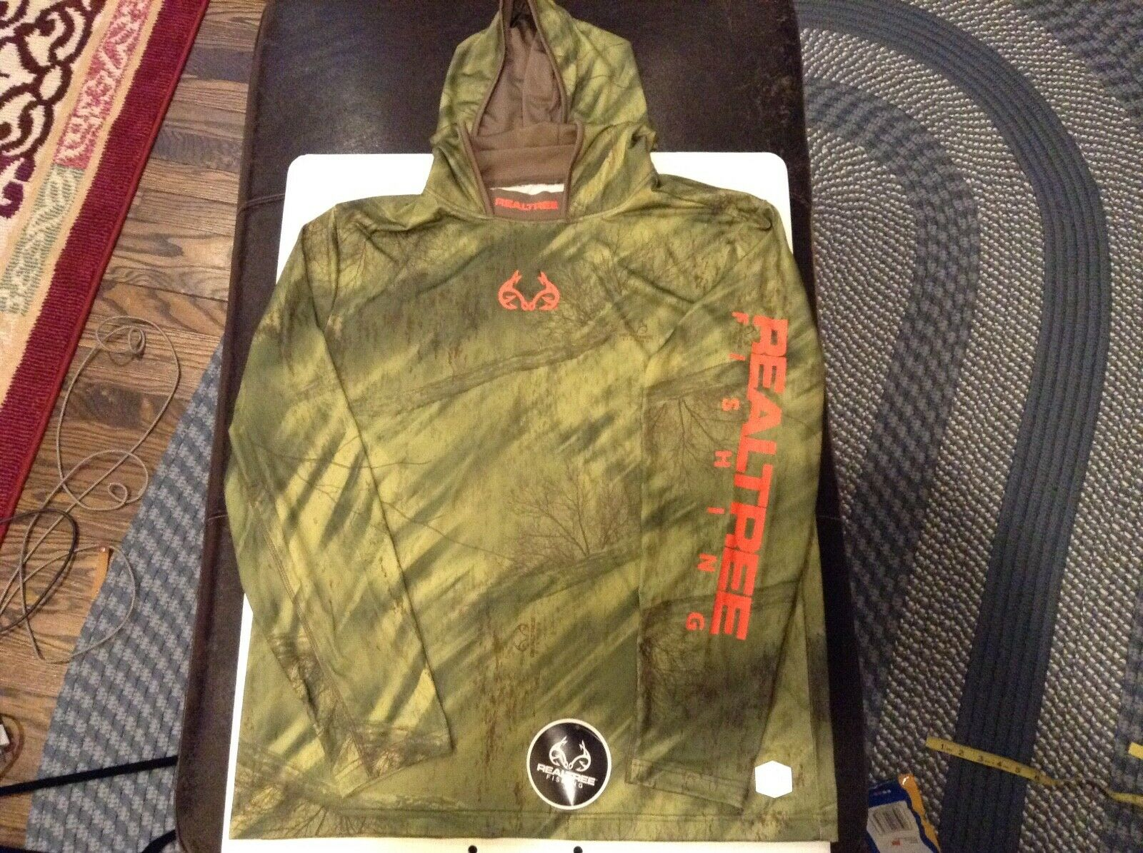 Realtree by Colosseum CAMO Pro Series Performance Hooded Fishing Shirt SZ L