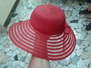 Caricamento dell immagine in corso cappello-rosso-elegante-cerimonia-taglia- unica-paglia-hat- e300544087cb