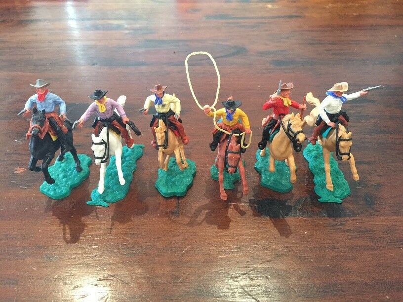 Timpo 2nd Series Mounted Cowboys (4) - Complete Set - Wild West - 1960's