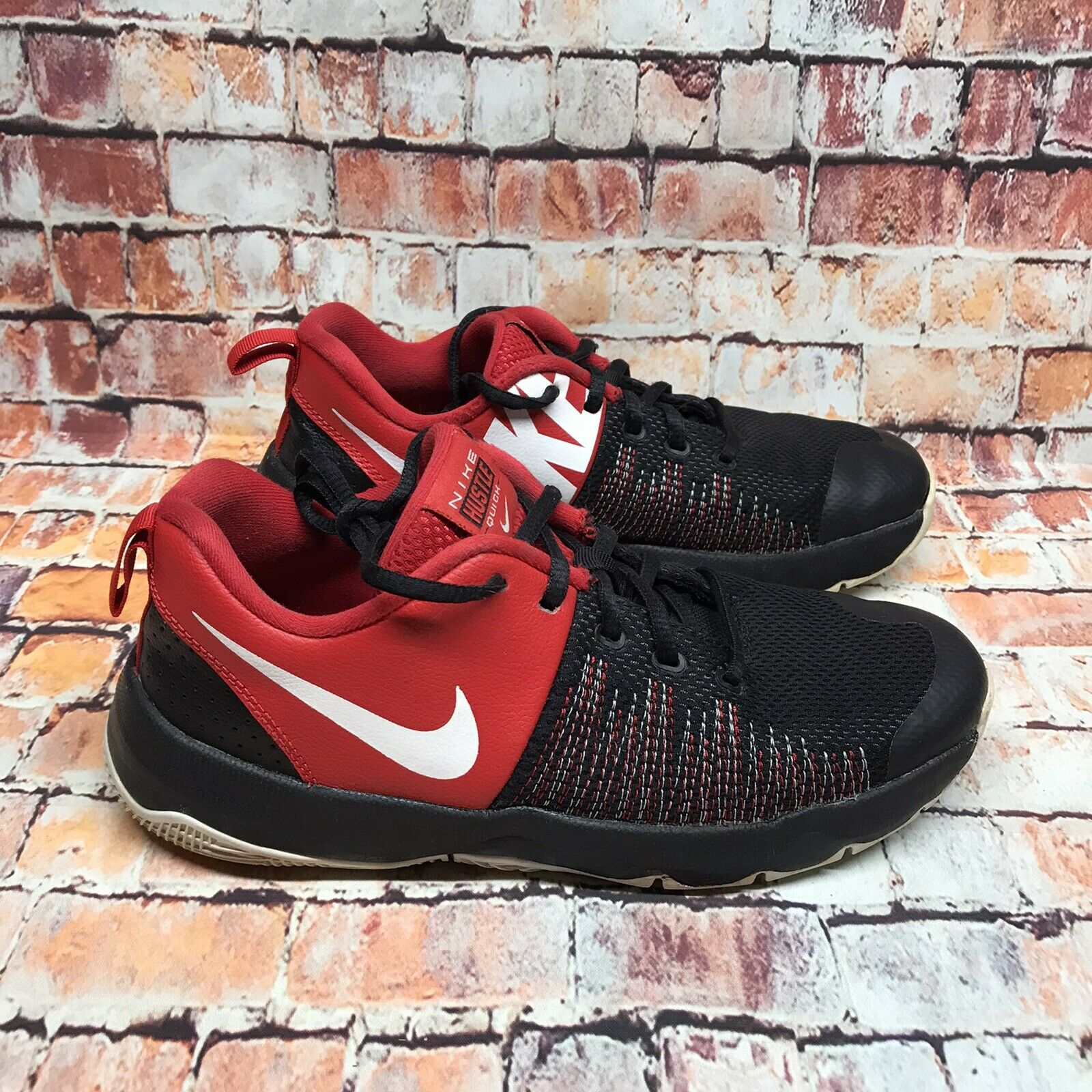 Nike Youth Red Black Team Hustle Quick