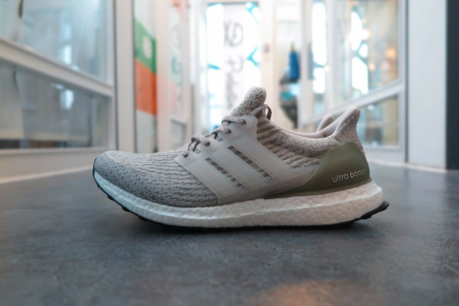 Size 10 - adidas UltraBoost 3.0 Olive Copper 2017