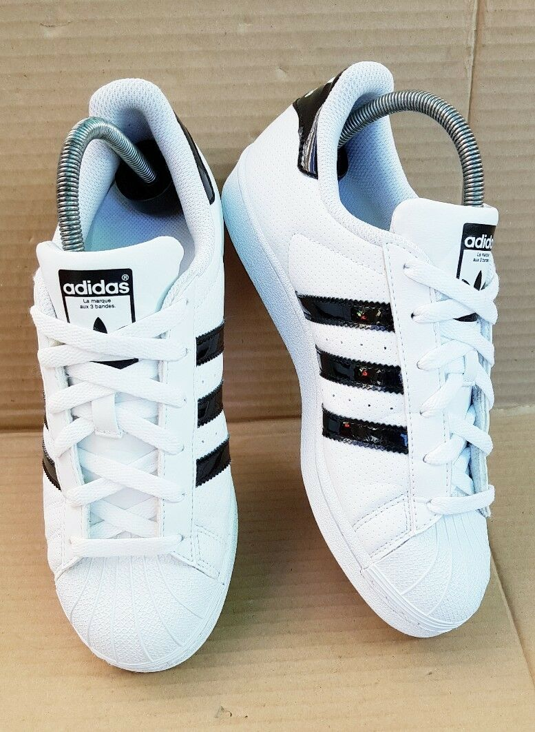 ADIDAS SUPERSTAR SHELL TOE TRAINERS BLACK GLOSS & Weiß SIZE 5.5 UK EXCELLENT