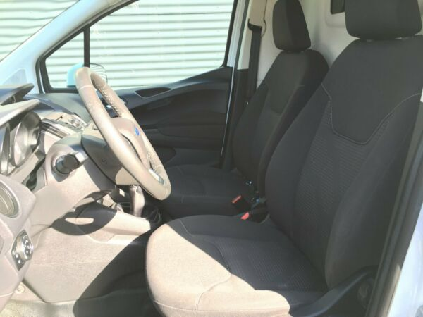 Ford Transit Courier 1,6 TDCi 95 Trend Van - billede 4