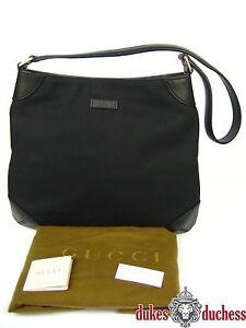 40e7808eeb8dc Das Bild wird geladen GUCCI-Shopper-Umhaenge-Tasche-Handtasche-Leder-Nylon- schwarz-