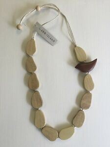 039-CABO-ISLAND-039-WOODEN-NECKLACE-BEADED-Handmade-New-With-Tags-NAVY-THREAD
