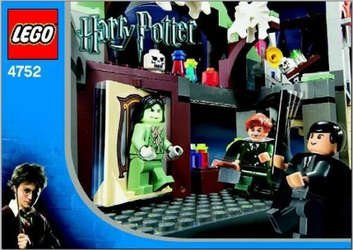Instructions for LEGO 4752 Professor Lupin's Classroom INSTRUCTION MANUAL