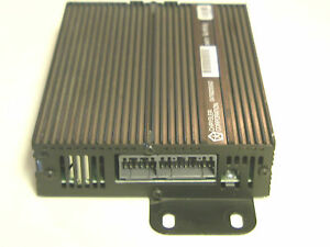 CHRYSLER-DODGE-JEEP-INFINITY-SOUND-AMP-P04760293AD