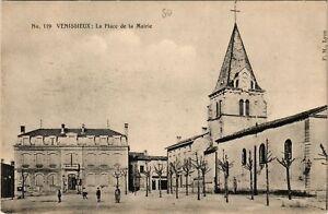 CPA VÉNISSIEUX - La Place de la Mairie (635626)
