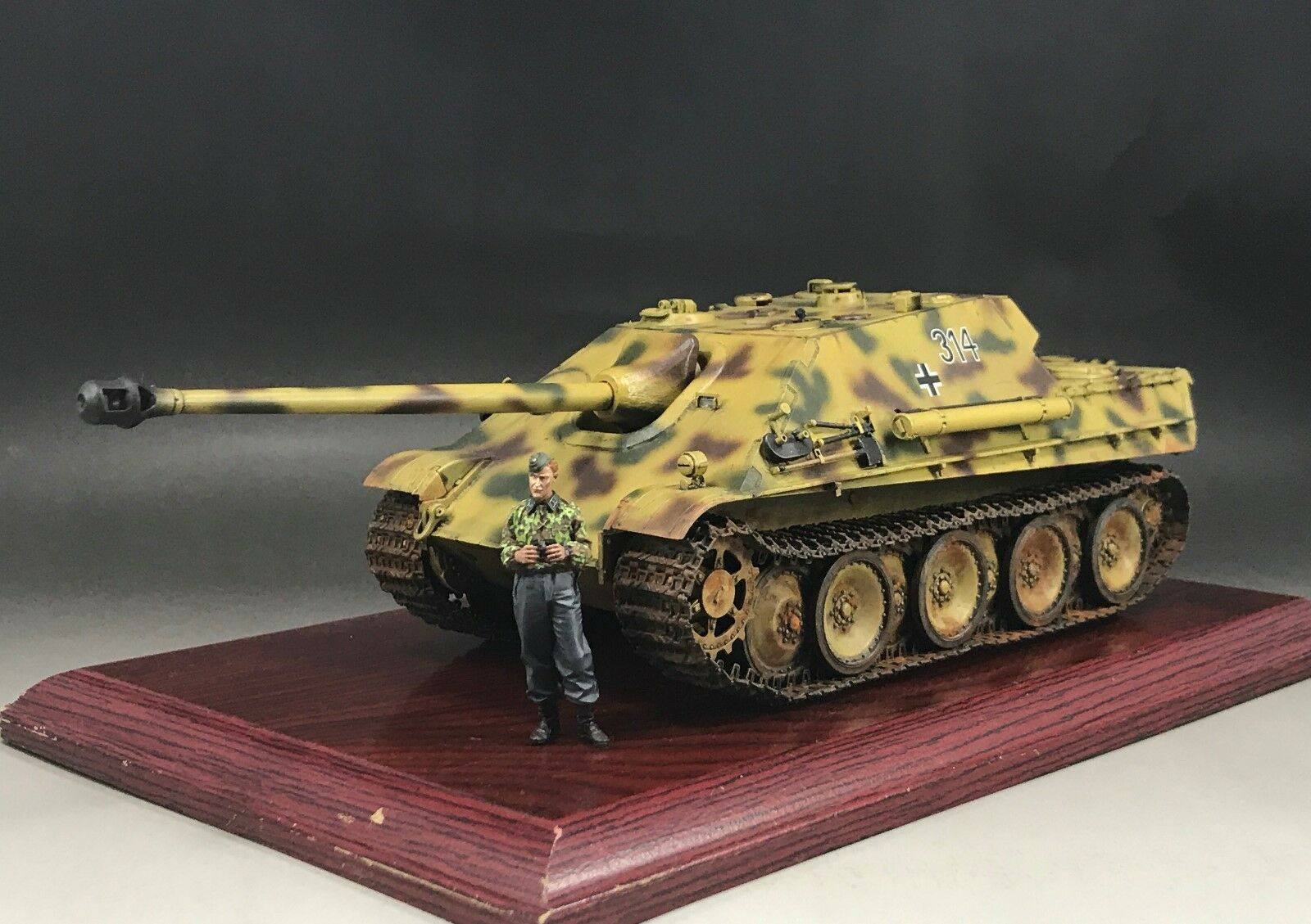 1 35 Built Dragon 6458 German JagdPanther Ausf.G1 Early Production Tank Model