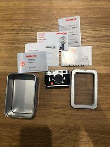 Leica-M3-Minature-Minox-DCC-Digital-Canera-5-0mp-in-mint-condition-Boxed