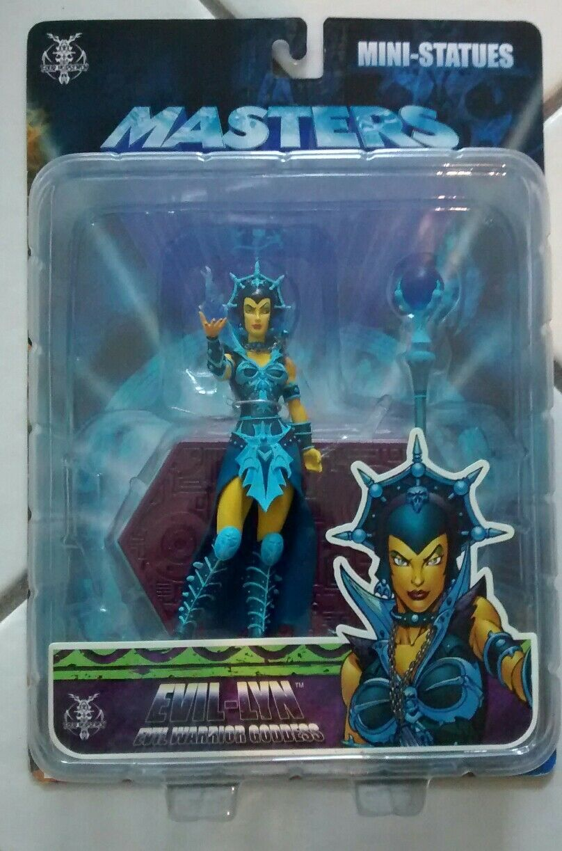 Master of the Universe MOTU Evil-Lyn Mini-Statue BRAND NEW NECA