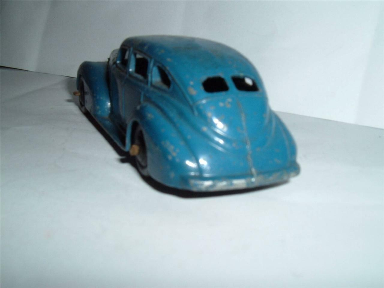 DINKY TOYS 39E CHRYSLER ROYALE ROYALE ROYALE SEDAN IN USED CONDITION VINTAGE SEE PICS 6bf667