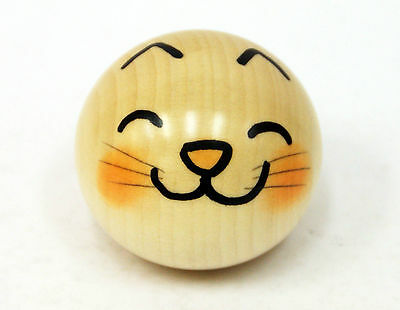Usaburo Kokeshi Japanese Wooden Doll 9-93-1 Yura Koro Neko (Cat)