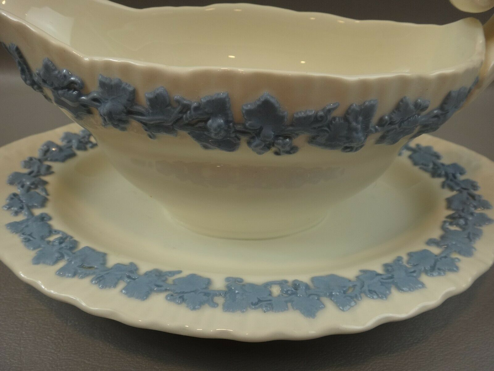 Image 2 - WEDGWOOD QUEENSWARE Shell Edge Lavender on Cream Gravy Boat Attached Under Plate