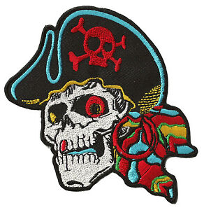 Ecusson-patche-Pirate-patch-creation-vetements-thermocollant-brode-DIY