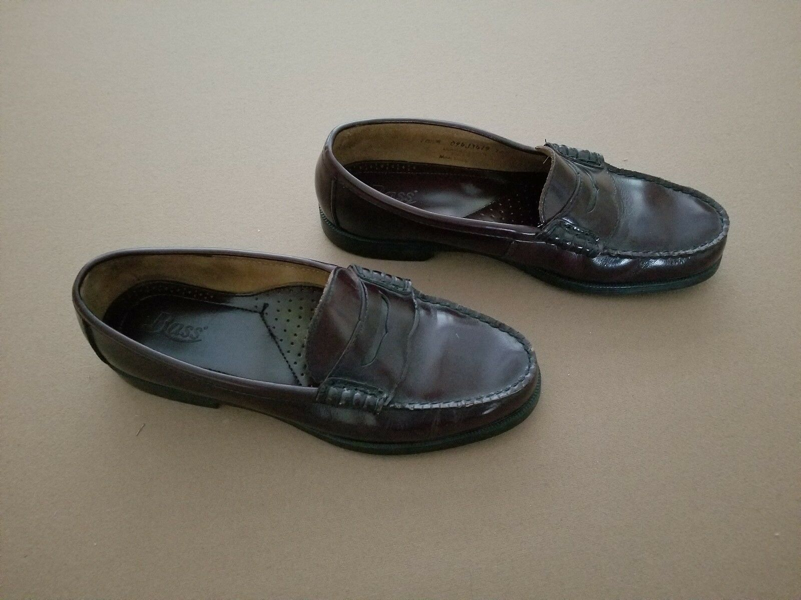 Men's Bass Beefroll Penny Loafers Size 10.5