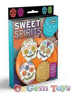 Sweet-Spirits-Cookie-Cutter-Stampers